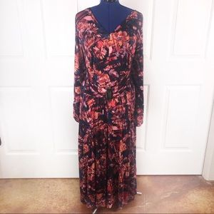 Liz Lange P2X red floral stretch maxi dress